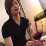 【ゲイ動画 pornhub】薔薇(アナルローズ)とワイン!意識高い系のゲイ男性をお酒で泥酔させてケツマンファック!!