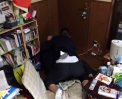 【男子学生寮自室オナニー盗撮無料動画】部屋の隅っこで友達とセックスに勤しむぽっちゃりノンケ!