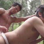 【ゲイ動画 xvideos】森で迷いたどり着いた村で歓迎された浪人・・そこは男だけで生活する不思議な村だった・・