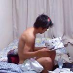 【ゲイ動画 pornhub】一人暮らしのノンケ素人男性宅に仕掛けられた盗撮カメラがリアルな日常風景や性処理の様子を隠し撮りw