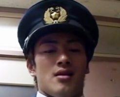 【ゲイ動画】イケメン警察官に乱暴にレイプされるノンケ泥棒!最後は男泣き・・
