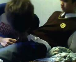 【無修正ゲイ動画】なんで流出したのかは不明だが高校生くらいにも見える素人ゲイカップルの個人撮影本番ビデオがアップされる
